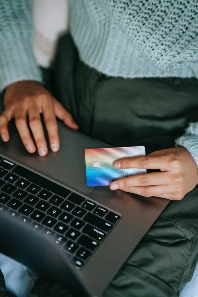 Die beste oder günstigste Kreditkarte finden